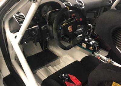Intérieur Porsche GT4 (1)