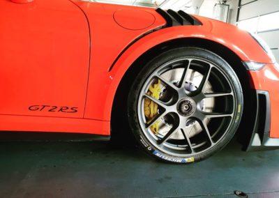 Porsche 911 GT2 RS-12