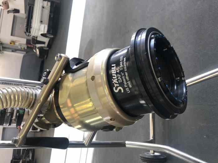 A Vendre : Vanne Staubli SF45 pour LMP3
